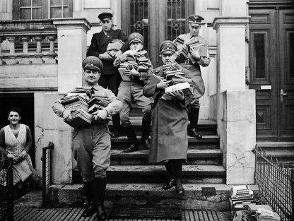 Rogo dei libri nella Opernplatz di Berlino, 1933
